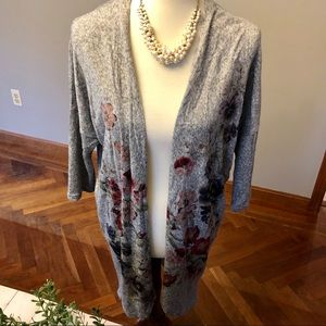 Live in the Moment gray floral long sweater M